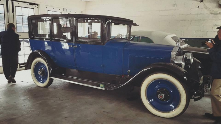 1935electric blue